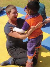 Original Play in einem Kinderheim in Johannesburg, Südafrika, 2012